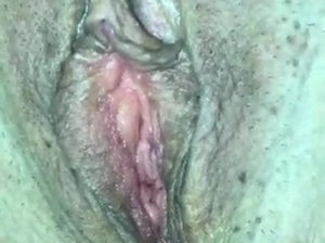 CLOSE UP PUSSY PLAY