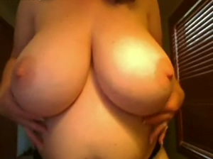 6 months pregnant and huge tits webcam