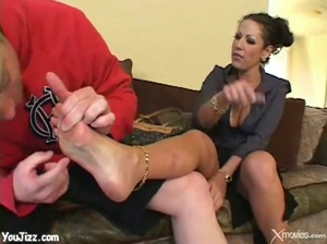 Super Hot Cougar Fucks Younger Guy