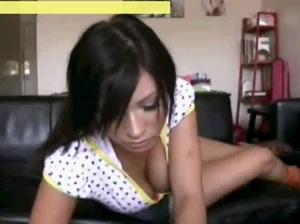 dancing in webcam show your tits and tattoos