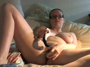 Hot natural 80G girl doing herself