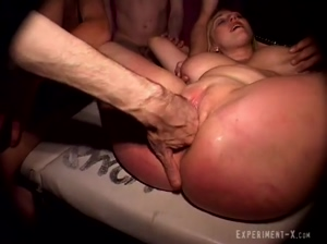 Busty Belgian Kimberly peed on and enema 2