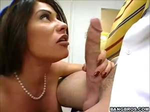 Delicious teacher  fucked  in classroom